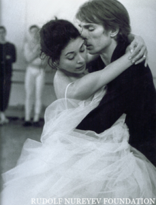 Nureyev_and_Fonteyn